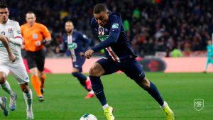 Read more about the article Mbappe vs Haaland: Qui conviendrait le mieux au jeu du Real Madrid?